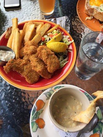 Wildflower Grill: Mmmmm...clam chowder + ling cod fish & chips!