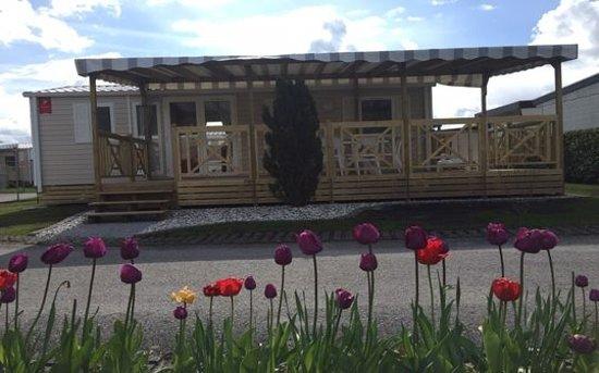 Sugiez, Switzerland: Location de mobile home 4 à 6 personnes