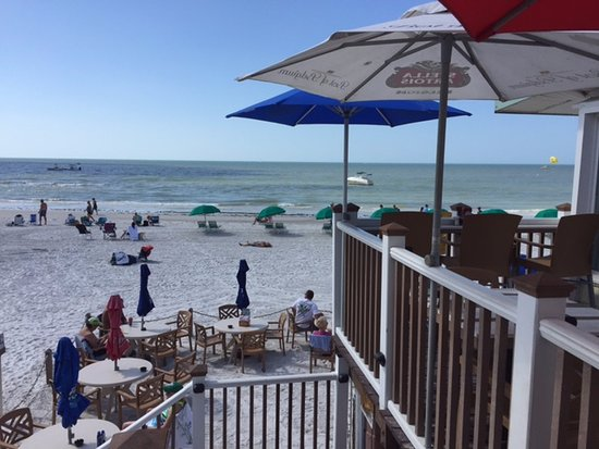 The Cottage Bar and Gulfshore Grill: The staircase that leads down to the beach.