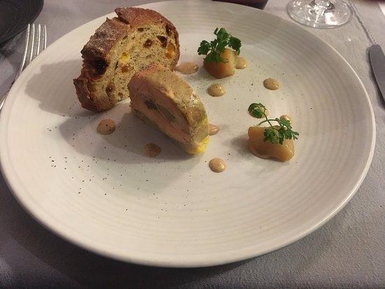 Le Grenier a Sel: Foie gras de canard, artichaud, topinambour
