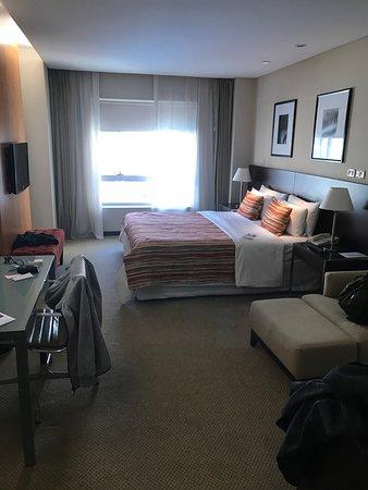 Hotel Tryp Buenos Aires: 客房實景,超大,非常推薦。