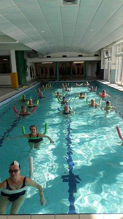 Columbus Thermal Pool : Bellissimi i corsi di ginnastica in acqua con l'insegnante luisa bravissima ,simpatica e profess