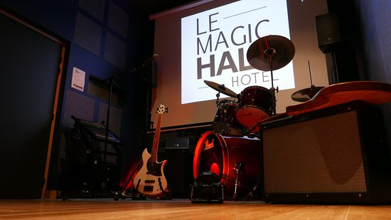 Le Magic Hall