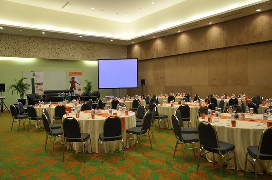 Meeting Room Picture Of Harris Hotel Conventions Kelapa Gading Jakarta Tripadvisor