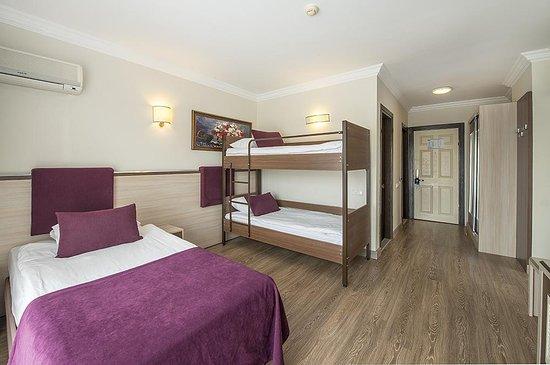 Family Room with bunk bed - Children\'s bedroom - Bild von ...