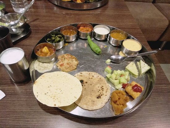 A Good Option For Gujarati Thali In Rajkot Review Of Gordhan Thal