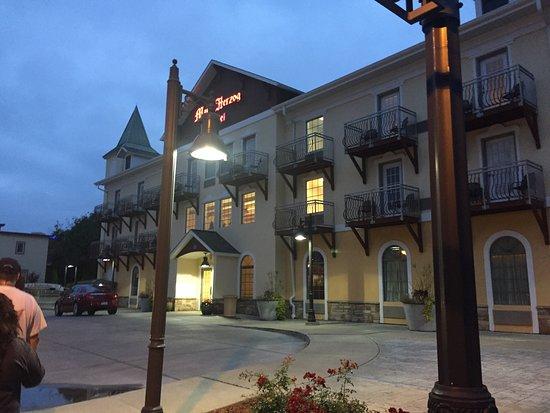The Marv Herzog Hotel: photo0.jpg
