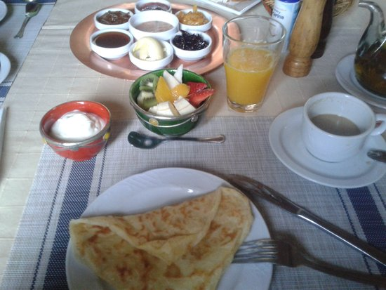Chez Pierre: Una parte del desayuno, todo riquísimo