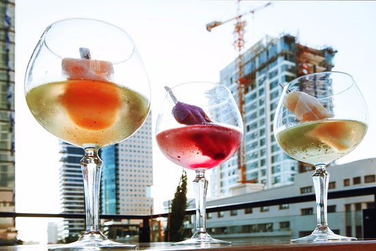 Speakeasy Rooftop Bar & Lounge