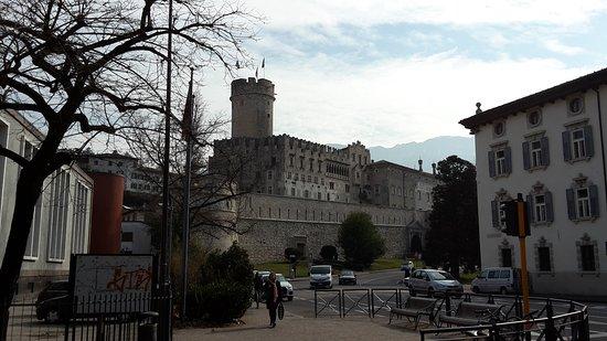 Castello del Buonconsiglio Monumenti e Collezioni Provinciali: Scorcio dal basso