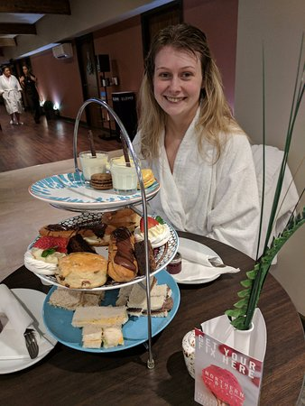 Gomersal, UK: Afternoon Tea