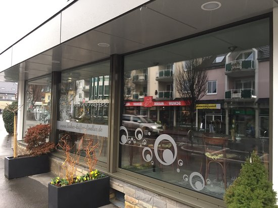 Lindlar, Jerman: Lecker Kaffee