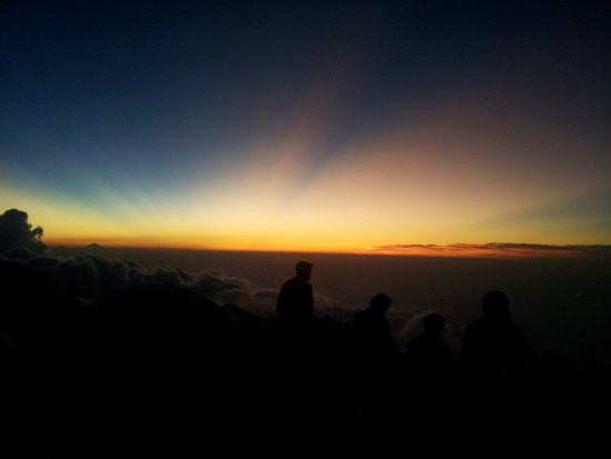 Rinjani Trek Adventure