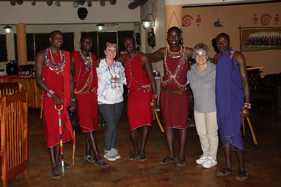 Mara Engai Wilderness Lodge : The wonderful Maasai who greeted us when we arrived, entertained us and were at our beckon call.