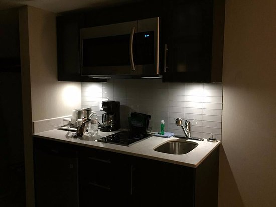 Exceptionnel Maplewood Suites Extended Stay   Syracuse/Airport: Kitchenette Includes  Stove Top, Microwave,