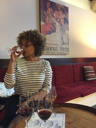 Vinicola Ramos Pinto: Comfy seating while tasting