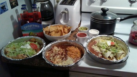 Lemoyne, PA: My Hubby and I have a New Year's Eve festive tradition of feasting on yummies from El Rodeo!