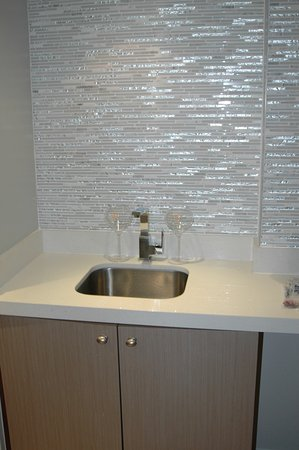 PULLMAN Miami Airport Hotel: Presidential Suite Wet Bar Sink And Glass Tile  Wall
