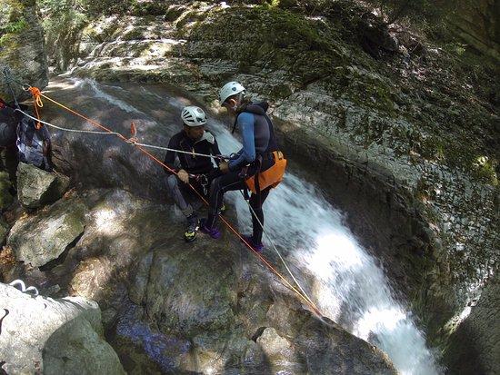 Vertical Aventure : descente rappel