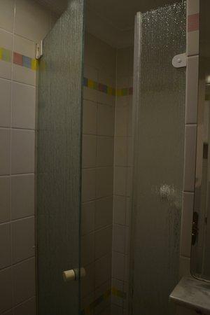 Small shower - Picture of The 4YOU Hostel & Hotel Munich, Munich ...