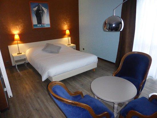 Chambre quadruple photo de hotel l 39 oraye ammerschwihr for Chambre quadruple