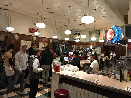 Photo of American Restaurant Palo Alto Creamery at 566 Emerson St, Palo Alto, CA 94301, United States
