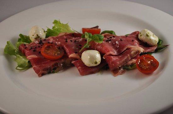 Nibbixwoud, The Netherlands: Salade van gerookte rib-eye