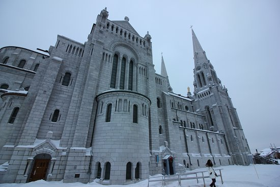 Sainte Anne de Beaupre, Canada: frente