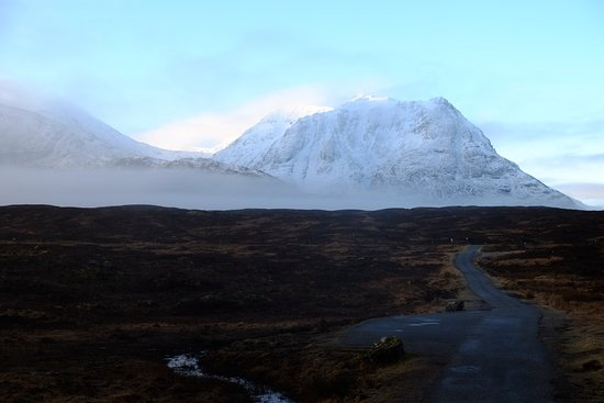 Kings House Hotel: View from Kingshouse down Glen Coe