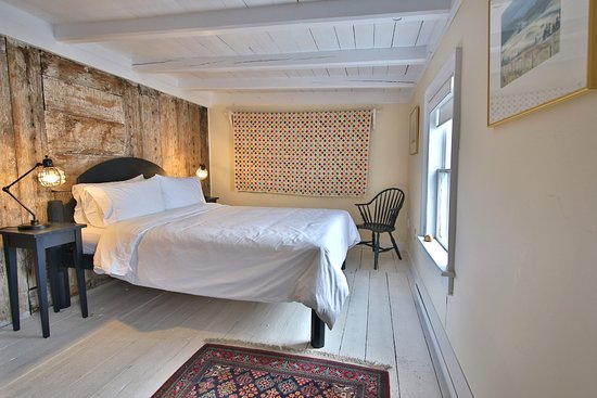 Trinity, Canada: Admiral's Lookout Bedroom with Ocean View