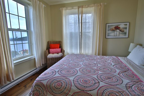 Trinity, Canada: Harbour House Bedroom with Ocean View
