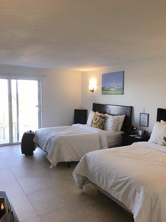 Prestige Hotel Vero Beach : Two comfortable full-sized beds