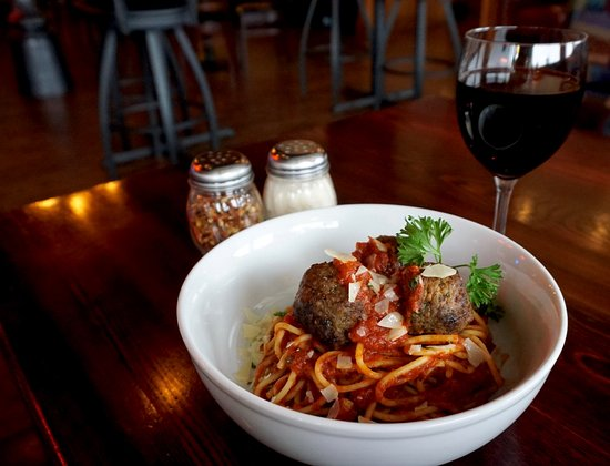 Streets of New York - Camelback at 2nd St.: Spaghetti and Meatballs