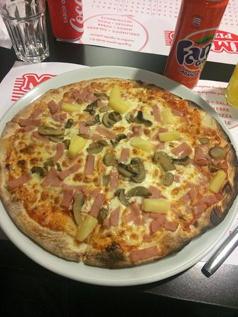 Viseu District, Portugal: Pizza havaiana