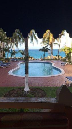 Chrisanns Beach Resort: photo0.jpg