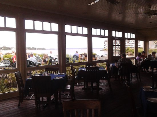 Havre de Grace, MD: Such a beautiful and relaxing place to enjoy a stellar meal!