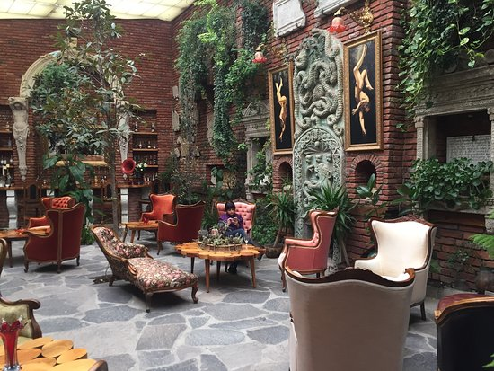 Sacred House: Her  köşesi , her odası , her bölümü , konsepte uygun olarak düşünülmüş , tüm ayrıntılar ince in