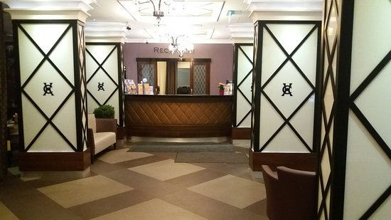 Carlton Hotel Budapest: 20170305_170449_large.jpg