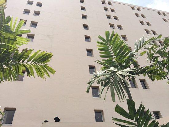 Ibis Abidjan Plateau : photo1.jpg