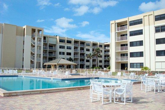 Castle Reef Condominiums