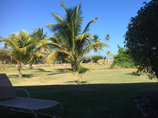 New Castle, Nevis: View from room terrace to sea