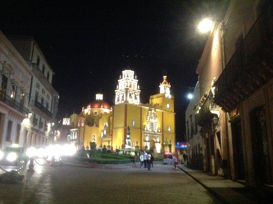 Hotel La Casona de Don Lucas: Plaza de la Paz