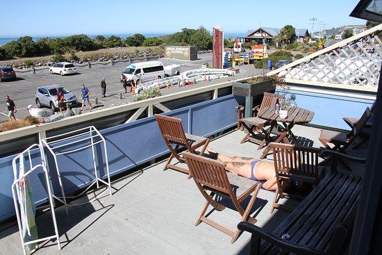 Balcone del Fish Tank Lodge con vista sull'oceano