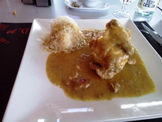 Argentona, Spain: Pollo al curry
