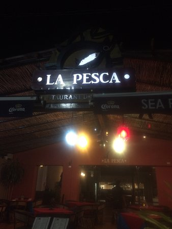 Mariscos La Pesca : The remodeled front