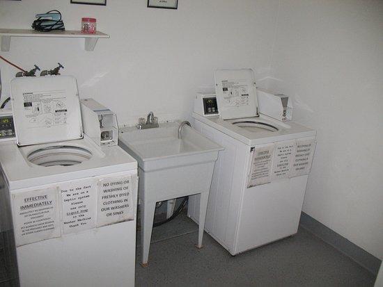 Roseburg, Орегон: older W & D but they work fine