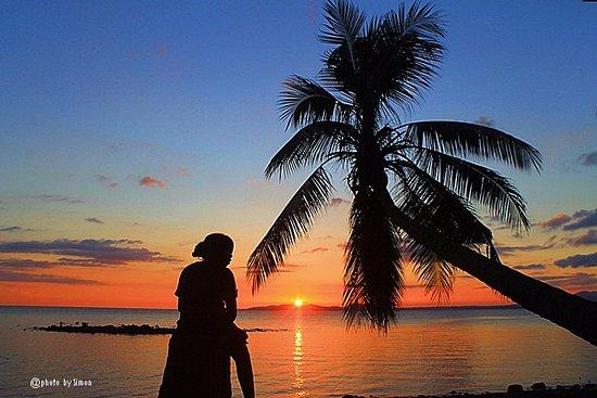 View sunset di pantai Kawaliwu, Larantuka, Flores