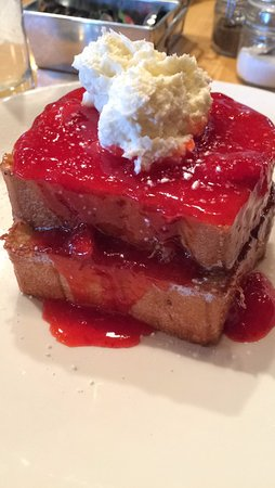 Rochester, MI: Strawberry Short Cake French Toast