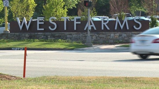 West Hartford, CT : WestFarms is a fantastic Shopping Mall, best in State!