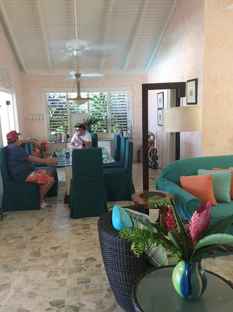 Duncans, Jamaica: Dining room / Living room